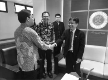 ผู้บริหารและคณาจารย์คณะวิทยาศาสตร์ฯ เดินทางไปทำข้อตกลงความร่วมมือทางวิชาการกับ   Institut Teknologi Bandung ประเทศอินโดนีเซีย